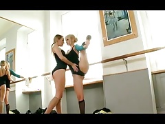 Two Blondes lick feet