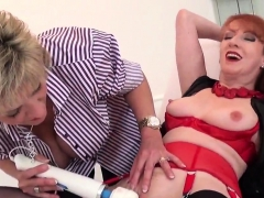 Cheating british mature gill ellis flashes her huge melons28
