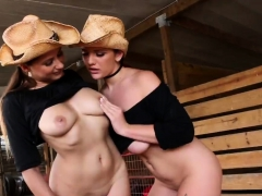 Group cum swallow RANCH AFFAIR