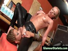 Oiled up lesbos pussy eating